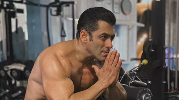 Salman Khan had committed himself to support 25000 daily age earners of the film industry.