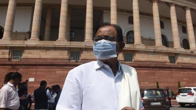 Congress leader P Chidambaram wearing a face mask as a precaution against the coronavirus disease.(Sonu Mehta/HT PHOTO)