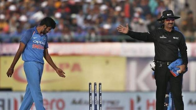 Umpire Anil Chaudhary officiating in an ODI.(AP Photo)