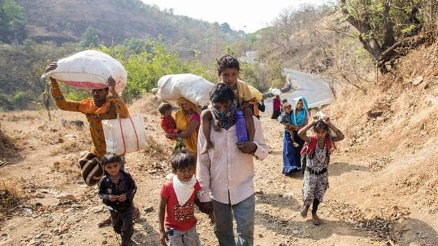 According to a World Bank report lockdown policies have affected hundreds of millions of migrants across the subcontinent many of whom are day labourers and no longer have work in urban centres, leading to mass migrations, often by foot, back to their rural homes.(Satyabrata Tripathy/HT Photo)