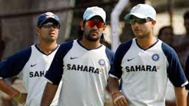 File image of MS Dhoni, Sourav Ganguly(Twitter)
