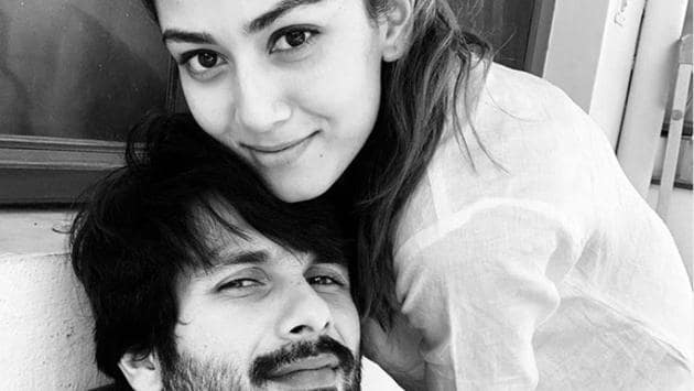 Mira Rajput takes revenge on Shahid Kapoor for calling her sexy, see pic