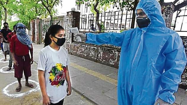 People being screened in New Delhi on Thursday.(Sonu Mehta/Ht Photo)