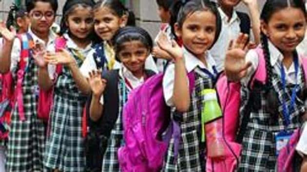 Haryana Education Minister Kanwar Pal on Thursday launched the 'Sampark Baithak' mobile application for children in the state's primary schools to help them study from home during the lockdown period.(HT file)