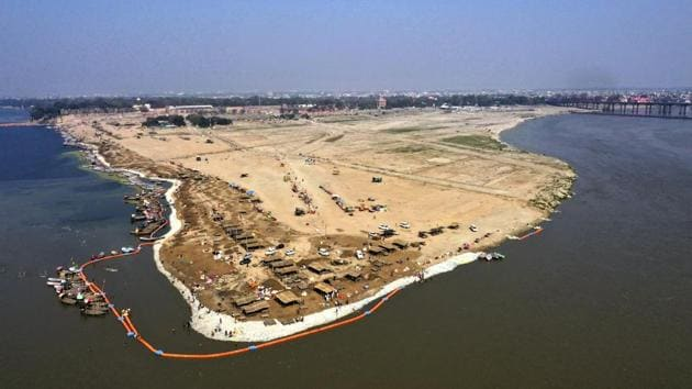 A deserted view of Sangam, the confluence of the Rivers Ganga and Yamuna where thousands of Hindu believers gather to take a holy dip daily, is seen isolated amid growing concerns of coronavirus in Prayagraj, India.(AP)