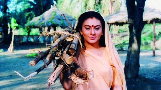 Dipika Chikhlia as Sita on sets of Ramayan.