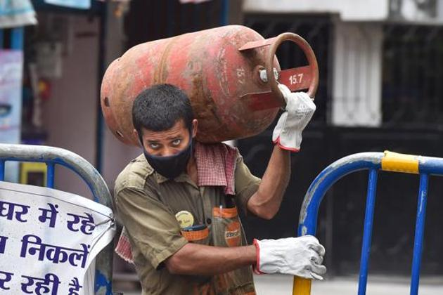With uncertainty all around us, ensuring free LPG takes at least one important burden off people's plates(PTI)