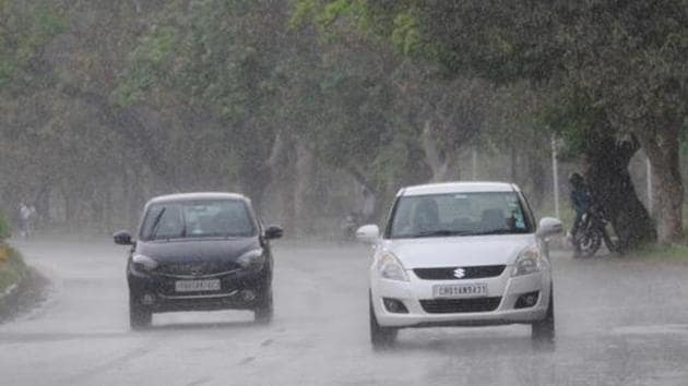Delhi is predicted to witness thundershower, hailstorms, lightning, and gusty winds for three days from May 3.(Keshav Singh/HT Photo)