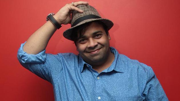 Actor Kiku Sharda urges people to stay at home to stop the spread of coronavirus.(Photo: Shivam Saxena/HT)