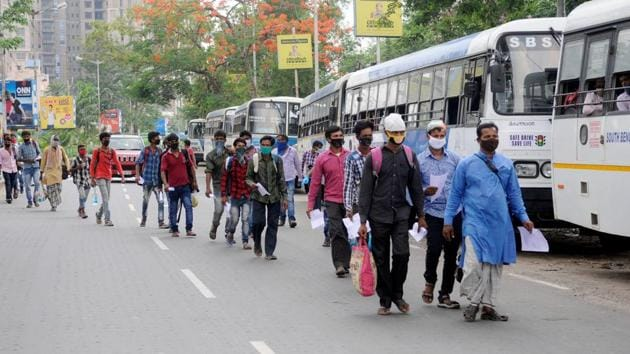 Migrant labourers are being sent back to their native places by West Bengal government during the nationwide lockdown to curb the spread of coronavirus, in Kolkata on April 29, 2020.(ANI)