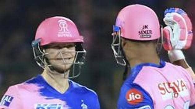 Rajasthan Royals' Steve Smith and Stuart Binny celebrate their victory.(AP)