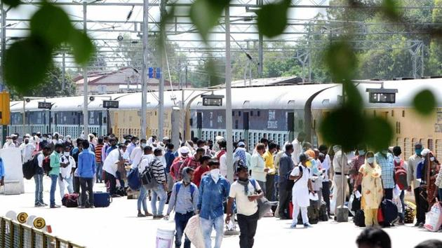 """A special """"Shramik Express"""" brought a group of 225 labourers from Khagaria district in Bihar to Hyderabad on Friday afternoon. These workers are expected to return to work in rice mills across the state. (Image used for representation).(HT PHOTO.)"""