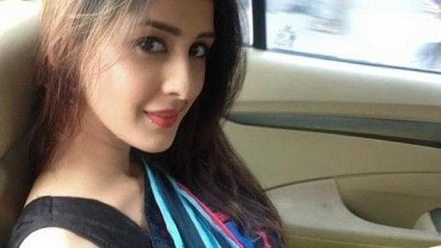 Chahatt Khanna revealed that she is suffering from depression.