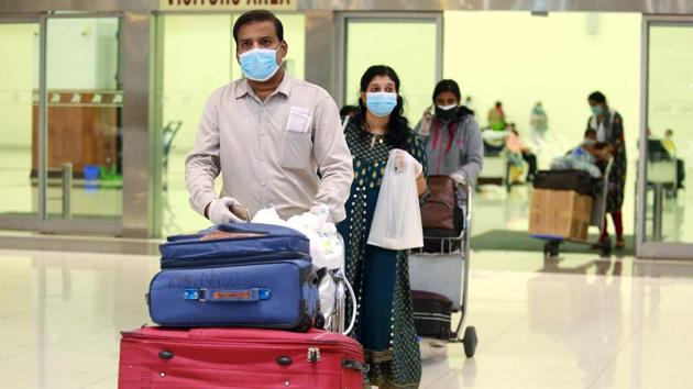 People coming from red zones will have to undergo mandatory 14-day home quarantine and if they show slight symptoms they will be moved to hospitals, Kerala health officials said.(ANI PHOTO.)
