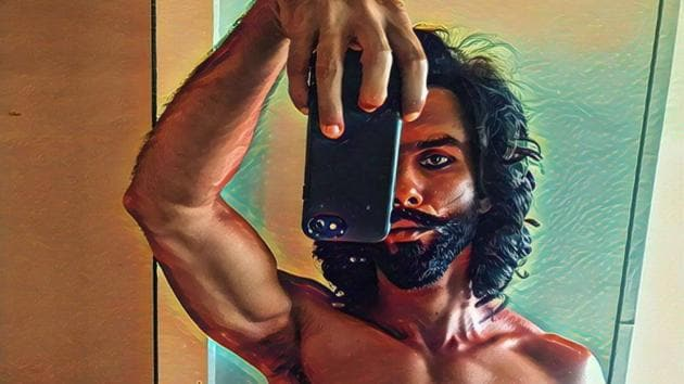 Shahid Kapoor shared a throwback pic of himself on Tuesday.