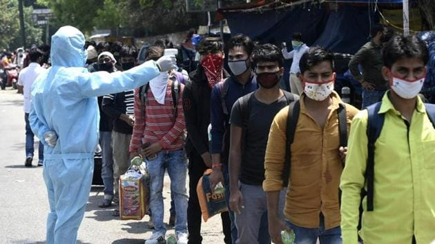 Around 60,000 migrants from the state of Uttrakhand have returned home amid the easing of lockdown restrictions.(Vipin Kumar/HT photo. Representative image)