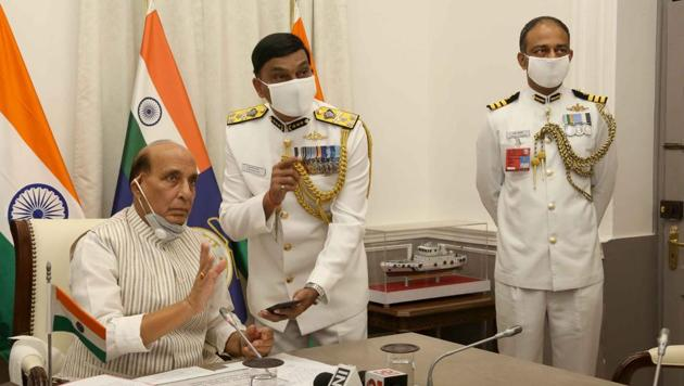 Rajnath Singh praised GSL and L&T Shipyard for continuing to build and maintain ships under the present circumstances.(PHOTO: DEFENCE MINISTRY .)