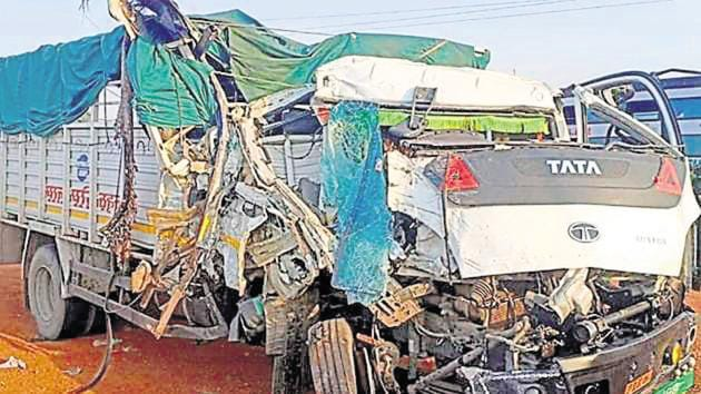 The accident in Banda came after at least 24 migrant workers died in a road accident in Uttar Pradesh's Auraiya district.(PTI file photo. Representative image)