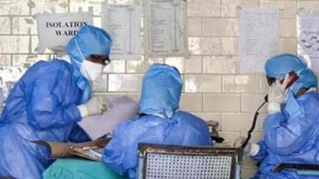 Indore, worst-hit by coronavirus pandemic, has so far reported 2,470 cases and 100 deaths.(PTI)