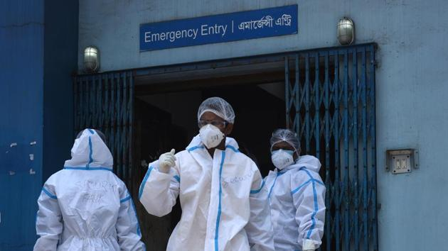 At least 185 nurses left for Manipur earlier this week. On Saturday, 169 followed suit -- 92 hailing from Manipur, 43 from Tripura, 32 from Odisha and two from Jharkhand, sources at the city's private hospitals said. (Photo by Samir Jana / Hindustan Times)