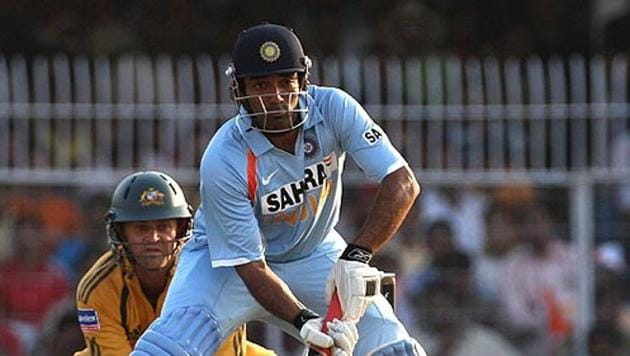 Robin Uthappa prepares to flick the ball to fine leg.(Getty Images)