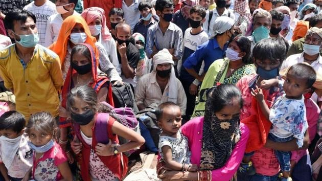 Migrant labourers have been involved in tragedies including accidents during the lockdown leading to loss of lives(HT Photo/Ajay Agarwal/Representative use)