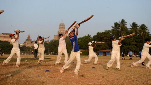 The pre-lockdown days: Kids practice at the historic Azad Maidan in Mumbai(Getty Images)