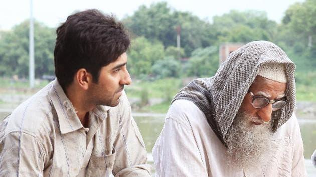 Gulabo Sitabo trailer: Ayushmann Khurrana and Amitabh Bachchan play a quarrelling landlord and tenant in Shoojit Sircar's film.