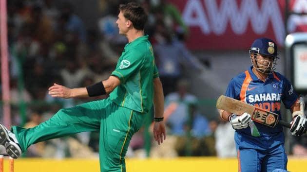 File image of Sachin Tendulkar and Dale Steyn.(File)