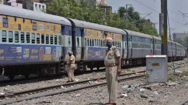 Railway officials and GRP personnel pacified the angry passengers.(HT photo/Representative)