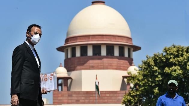 The Supreme Court has consistently declined to entertain cases concerning migrant labourers since March when various petitions were first filed highlighting the plight of labourers.(HT PHOTO.)