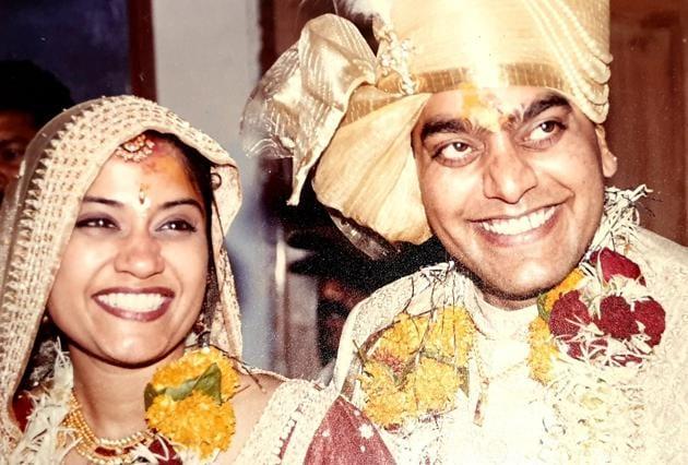 Ashutosh Rana and Renuka Shahane on their wedding day.