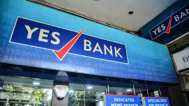 It is alleged that between April and June 2018, Yes Bank invested Rs 3,700 crore in short-term, non-convertible debentures of DHFL.(Ramesh Pathania/Mint)