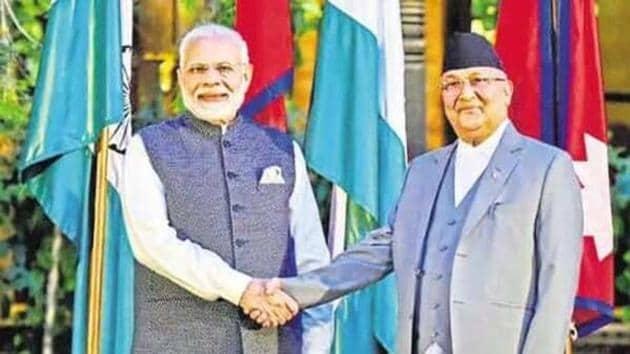 Prime Minsiter narendra Modi with his Nepali counterpart K P Oli in New Delhi in 2018.(HT FILE PHOTO)