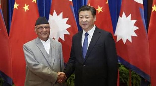 Chinese President Xi Jinping with Nepalese Prime Minister K.P. Sharma Oli(AFP photo)