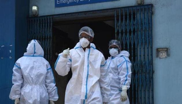 Medical professionals wearing PPE seen in MR Bangur Hospital – dedicated to Covid-19 treatment during lockdown, in Kolkata, West Bengal, India on Monday, May 11, 2020.(Samir Jana / Hindustan Times)