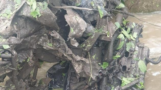 The initial intelligence input that led to an overnight operation in Pulwama was that a terrorist of the Hizbul Mujahideen was driving the car.(Sourced)