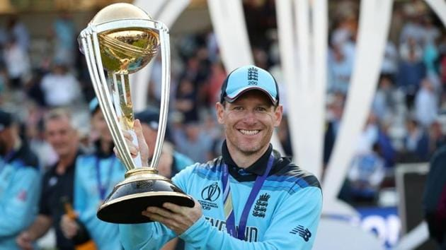 England's Eoin Morgan celebrates winning the world cup with the trophy.(Action Images via Reuters)