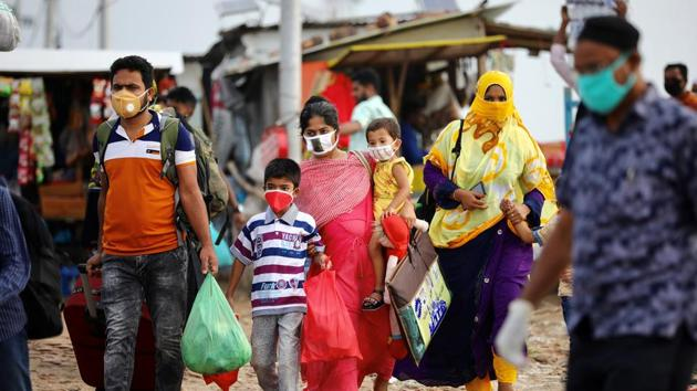 Bangladesh, where the nation-wide shutdown was enforced on March 26, has till now witnessed 36,715 infections with 522 deaths.(Reuters file photo)
