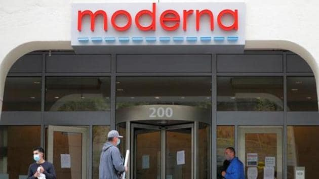 A sign marks the headquarters of Moderna Therapeutics, which is developing a vaccine against the coronavirus disease (COVID-19), in Cambridge, Massachusetts, U.S., May 18, 2020.(REUTERS)