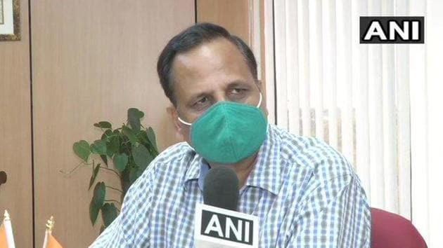 The total deaths due to coronavirus in Delhi have climbed to 398 so far, Health Minister Satyendra Jain said on Friday. Delhi's rate of recovery from the coronavirus infection, however, is around an encouraging 50 per cent.(ANI PHOTO.)