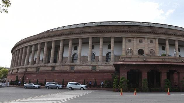 Democracy is too precious and Parliament is too valuable an institution to sit out a national crisis. India's battle against the pandemic and its economic revival needs national buy-in; it also requires the executive to be accountable. And this can only happen in Parliament(Arvind Yadav/HT PHOTO)