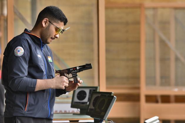 Indian shooter Anish Bhanwala(Burhaan Kinu/HT PHOTO)