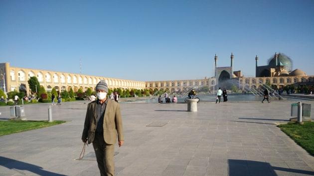 Ramin Khosfian's photo of the barely-peopled Naksh-e-Jahan Square in Esfahan Iran(Geetika Jain)