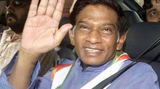 Ajit Pramod Jogi served as collector for 12 years in different districts before resigning in 1986 and joining the Congress party.(PTI file photo)
