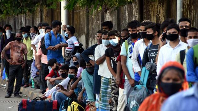 99 patients succumbed to the disease during the day taking the death toll to 2,197, the state health department said.(HT Photo)