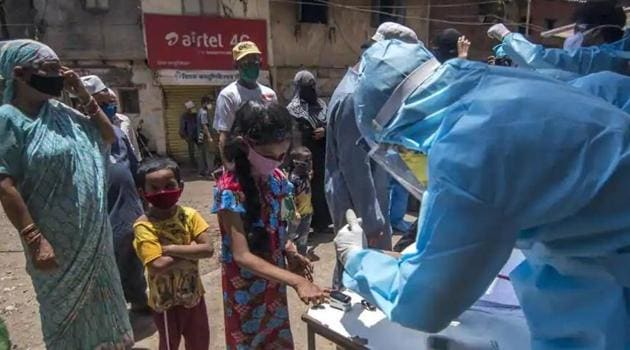 Experts on infectious diseases, however, feel that merely knowing whether the population has developed antibodies against the virus is not enough.(Pratik Chorge/HT Photo)