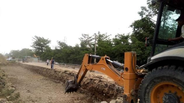 Highway construction work going on in Haridwar which is to get completed before Mahakumbh.(HT Photo)