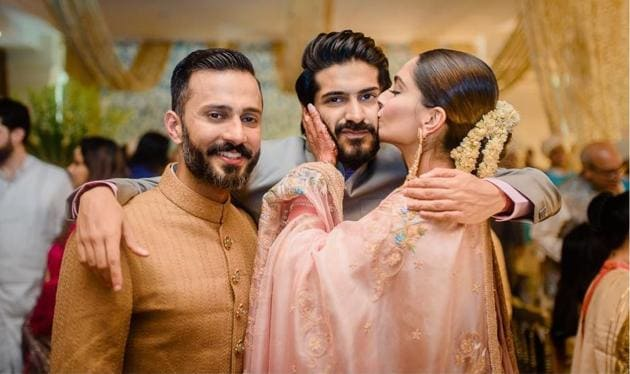 Sonam Kapoor and Anand Ahuja with Harsh Varrdhan Kapoor.