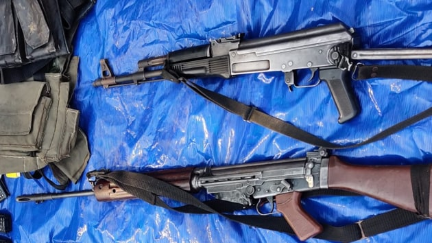 A charge-sheet filed by the National Investigating Agency (NIA) in 2014 regarding the attack had said the Maoists looted nine AK-47 rifles, seven INSAS rifles, two SLRs, four 9mm pistols, magazines and ammunitions from dead and injured police personnel.(HT Photo)